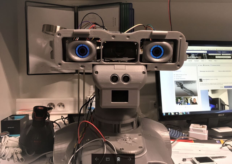 Robot Maya de RedOhm
