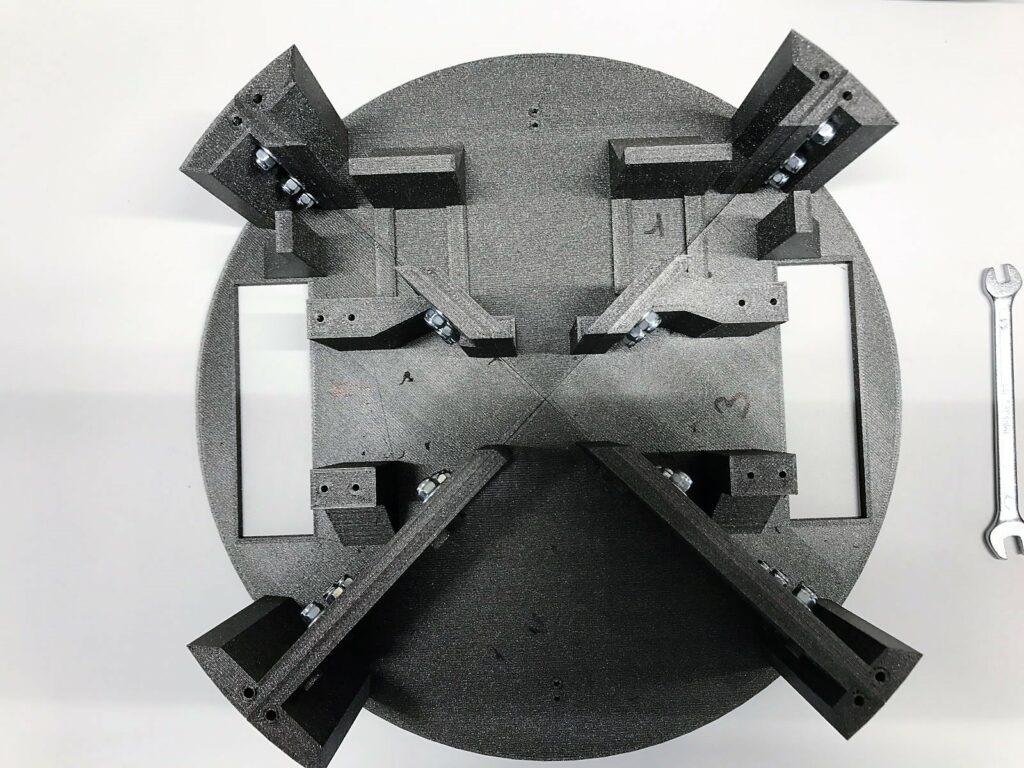 Montage des 4 supports moteurs